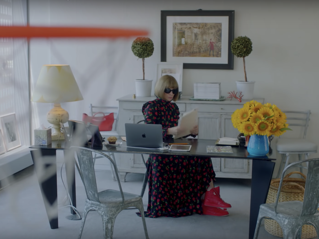 Anna Wintour Is a Sneakerhead Now