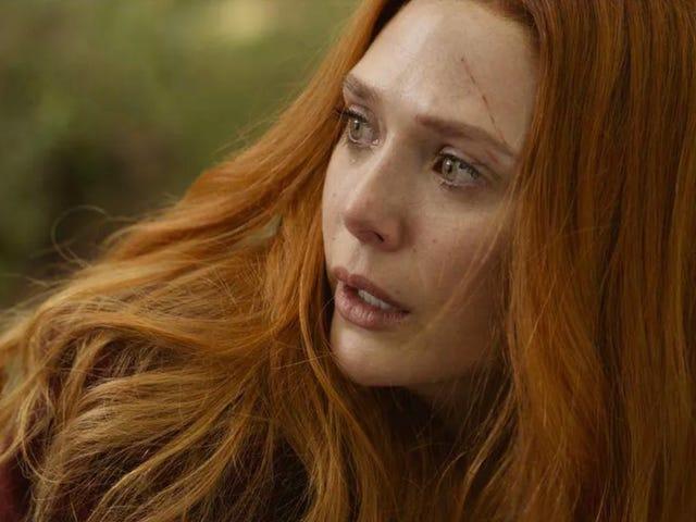 Elizabeth Olsen bỏ một số gợi ý <i>WandaVision</i> về <i>WandaVision</i>