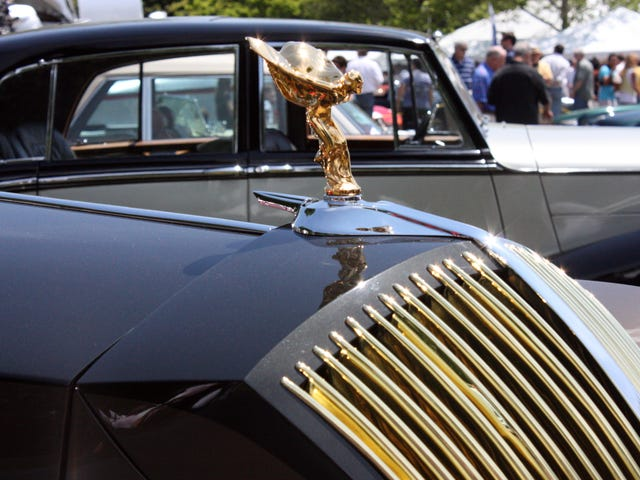 Does Oppo Greenwich Concours d' Elegance?