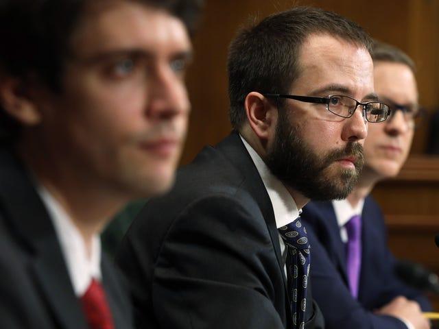 Bumabalik ang Apple habang ang bangungot ng Senado laban sa Anti-Encryption Push Bumalik Mula sa Patay