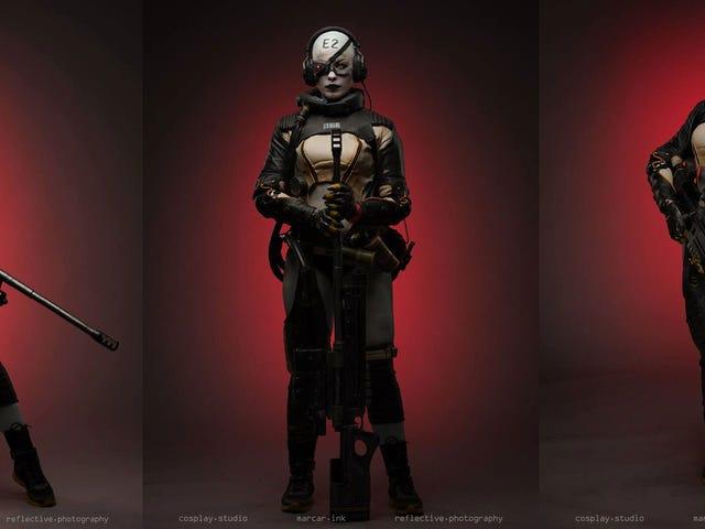 Dang, este é um bom Metal Gear Cosplay