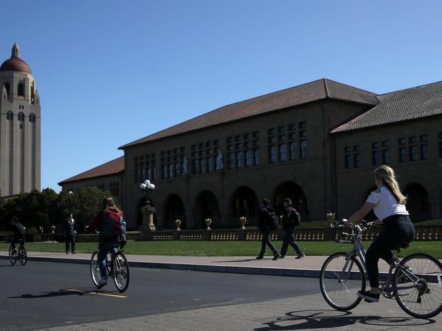 Dalawang Mag-aaral ng Stanford ang Sumasali sa Lahat ng Mga Paaralan na Nakilahok sa Iskedyul sa Pagsasampa ng Bribery