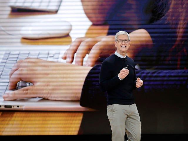 Apple heeft alle medewerkers op het nieuwe hoofdkantoor een sta-bureau gegeven omdat Tim Cook gelooft dat 'zitten de nieuwe kanker is'.