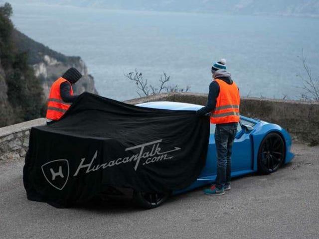 Questo è il Lamborghini Huracan SV Out In The Wild Già?