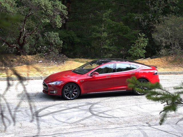 Apa yang Anda Ingin Ketahui Tentang Tesla Model S P85D?