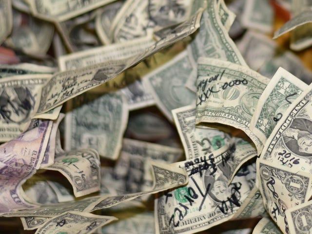 Amerikaanse valuta vervangen die beschadigd is (of vernietigd)