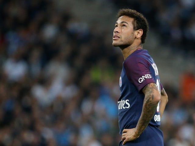 Neymar Kata Mendapat Pelted Dengan Baguettes Tidak Membuat Dia Lose His Cool