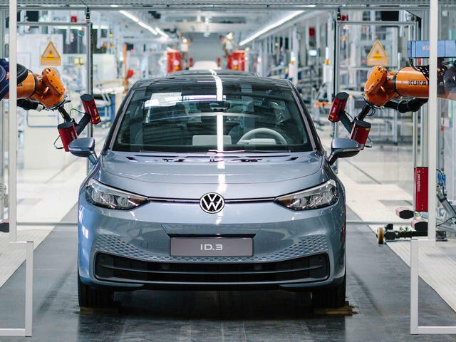 Volkswagen Has Bungled The Launch Of Its Most Important Car In Decades