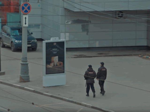 Este anuncio de comida prohibida en Rusia cambia al acercarse la policía