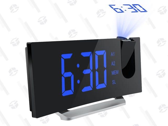 Quand il est temps de se réveiller, l'écriture est sur le mur avec ce réveil à projection de 18 $