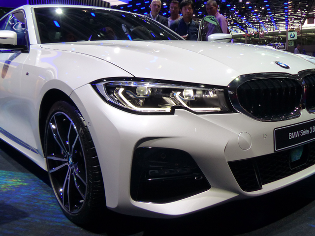 Here's a Close Look At Some of the New 2019 BMW 3 Series' Mechanical Bits