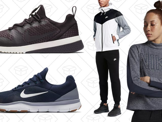 Nike is Giving You an Extra 25% Off Clearance Right Now