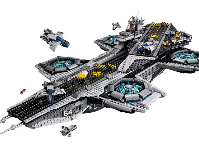 New Lego SHIELD Helicarrier Is Gigantic, As It Should Be
