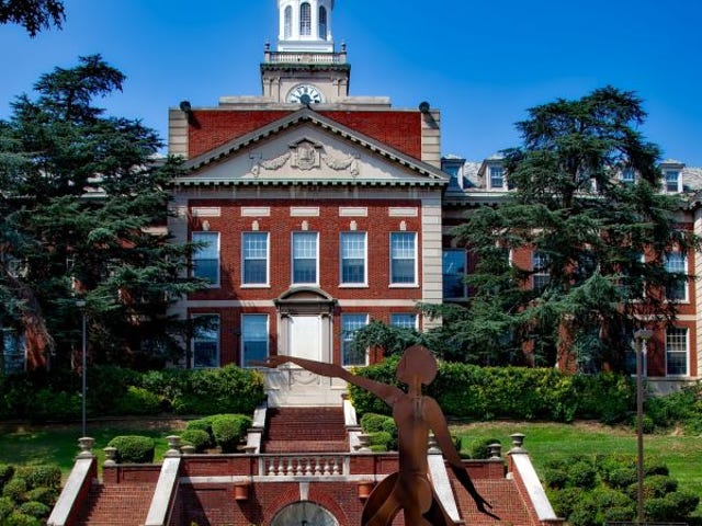 Report Details How Employees Scammed Howard University for Hundreds of Thousands of Dollars
