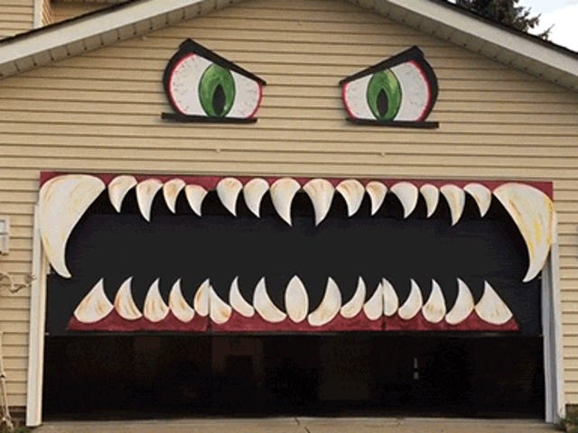 Turning a Garage Into a Monster's Mouth Is a Good Halloween Decoration