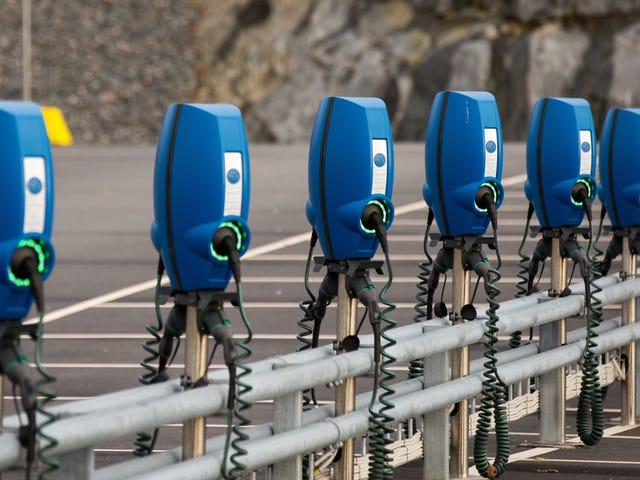 Cómo encontrar una estación de carga de automóviles eléctricos compatible con Google Maps