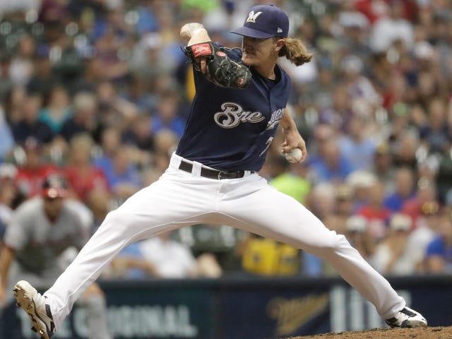 Giants Fans Lustily Boo Josh Hader In First Road Appearance Since Racist Tweets Surfaced