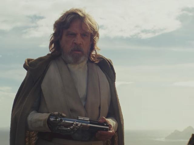 Mark Hamill revela cómo cambiaron el final de The Force Awakensa última hora para dar pie a The Last Jedi