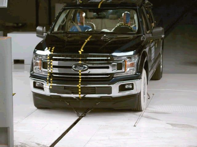 Chỉ có ba xe bán tải có bảo vệ phía hành khách tốt: IIHS