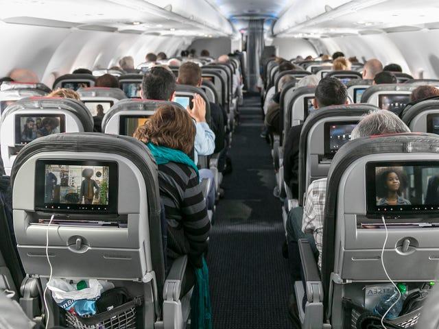 Las aerolíneas están eliminando gradualmente las pantallas de entretenimiento del respaldo del asiento porque traemos suficientes pantallas con nosotros