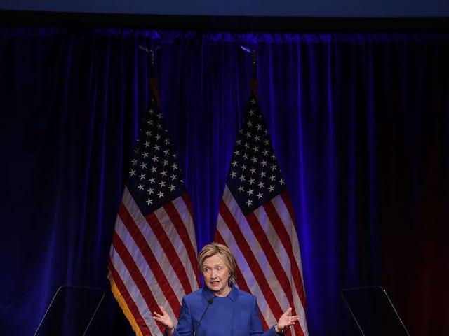 """Hillary Clinton Nel primo discorso pubblico dopo la concessione: """"So che non è facile"""""""