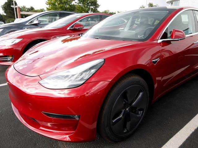 Según se informa, el DOJ está investigando los reclamos de Tesla sobre su producción del Modelo 3