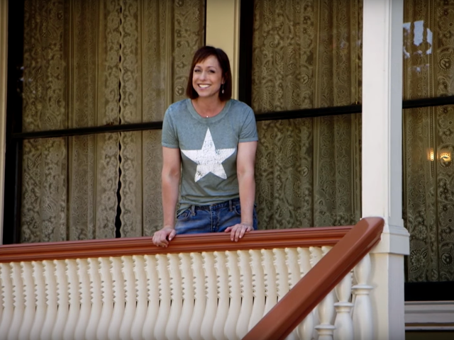 Trading Spaces Returns As a Kinder, Gentler (Still Fun) Version of Its Former Self