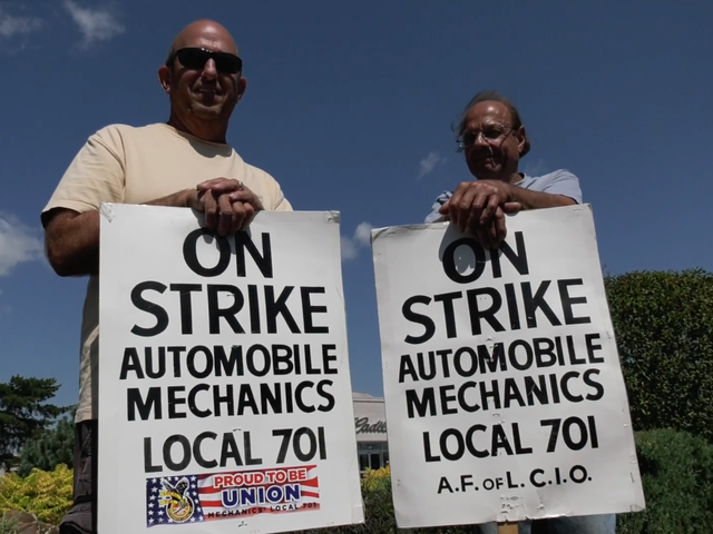 Chicago Mechanics Come To An Agreement With Dealerships After Seven Weeks On Strike