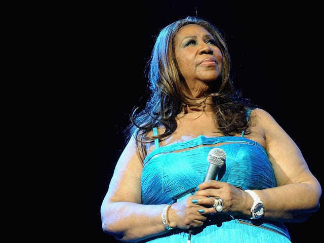 Fit for a Queen: Gladys Knight, Ledisi Among Singers Tapped to Honor Aretha Franklin at the American Music Awards