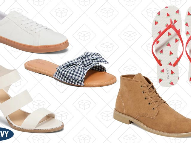 All Of Old Navy's Shoes Are 50% Off, Today Only