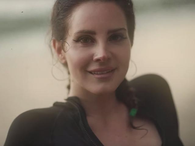 Lana Del Rey wird Beichtvaterin auf dem sich schlängelnden Norman Fucking Rockwell