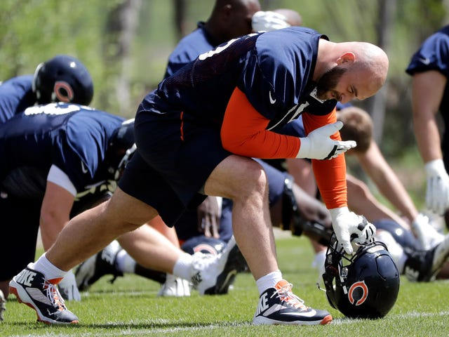 Kyle Long Tried To Beat A Teammate With His Own Helmet And Then Barfed