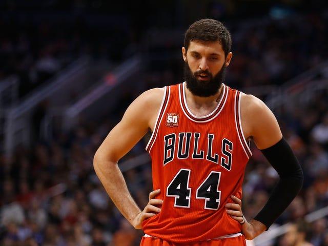 Chicago Bulls Forward Nikola Mirotic est un homme meilleur que nous tous