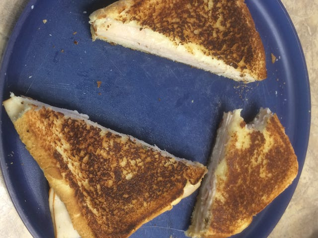 Grilled Cheese gets the diagonal cut