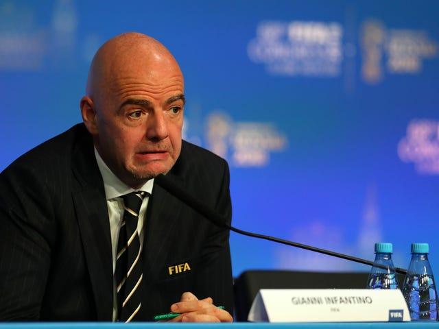 FIFA faz uma coisa boa, continua a fazer centenas de coisas terríveis