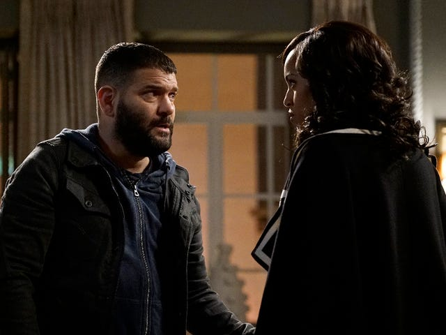 Scandal Recap: What in the Huck Is Going On?