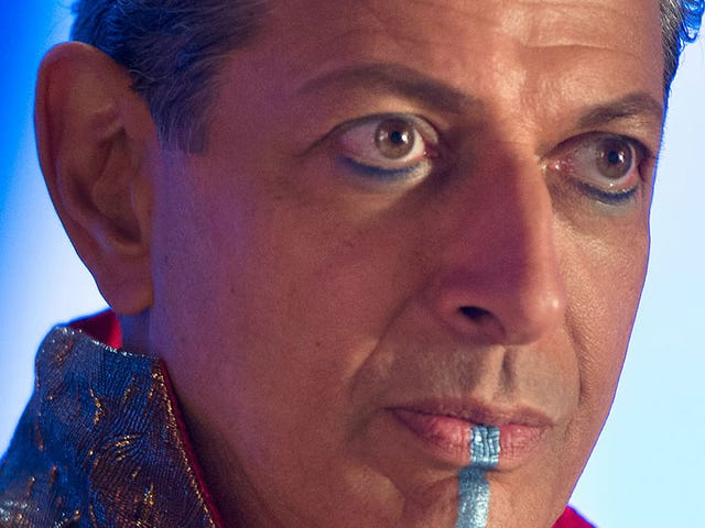 Jeff Goldblum Looks Just as Weird as You Hoped in More New Thor: Ragnarok Photos