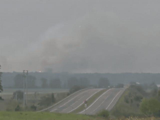 Miles de evacuados después de la explosión masiva Rocks Ukrainian Munition Depot <em></em>