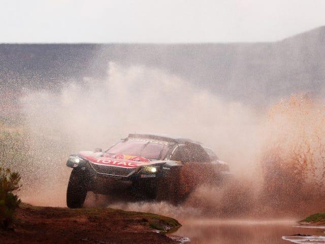 Dakar Rider dreigt juridische actie tegen concurrent omdat hij naar verluidt midden in de race zou toeslaan
