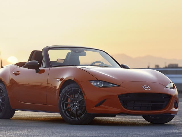 The Mazda Miata MX-5 30th Anniversary Edition Gets a Manual and a Limited-Slip Diff