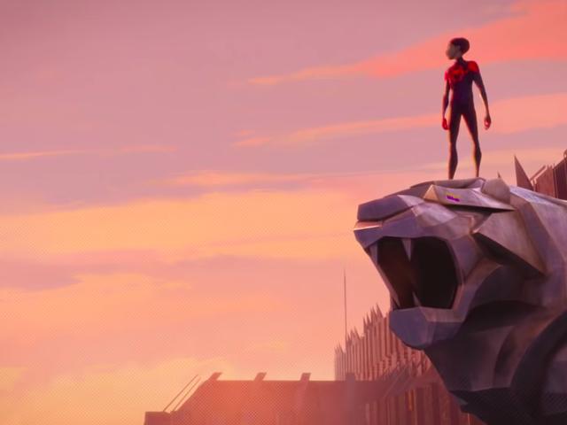 <i>Spider-Man: Into The Spider-Verse</i> Momen Terbaik <i>Spider-Man: Into The Spider-Verse</i> Dari Penjahat yang Menyakitkan hati