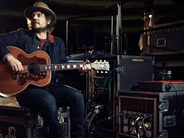Pitchfork gets back into podcasting with Jeff Tweedy