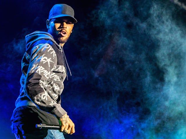 Chris Brown Displeased By Aziz Ansari's SNL Joke, Calls Him 'Aladdin'