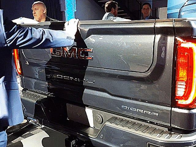 Hier is precies hoe de 201-serie GMC Sierra's zesweg achterklep werkt