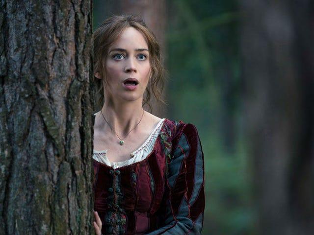 Emily Blunt có thể trở thành <i>Mary Poppins</i> của thế hệ này