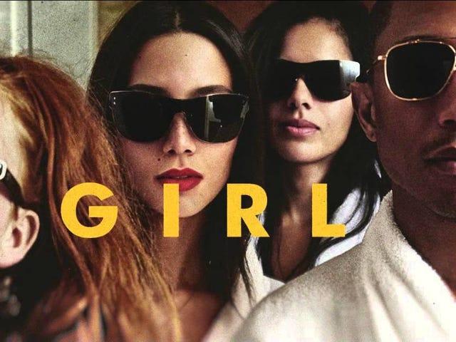 Κορίτσι.  Η Pharrell μπορεί να ξεκινήσει μια γυναικεία γραμμή μόδας, και όλοι μπορούμε να οραματιστούμε είναι τα μπουρνούζια και τα καπέλα Beaucoup