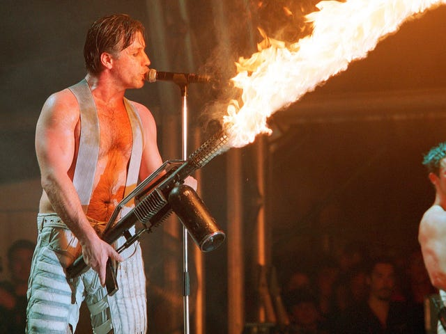 """Rammstein members kiss onstage in Moscow in defiance of Russia's """"gay propaganda"""" law"""