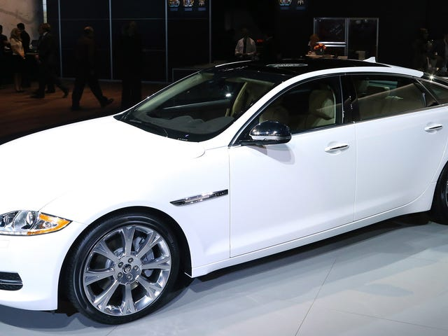 Man Sues Jaguar Claiming Automatic Door on $96,000 Car Severed His Thumb [Graphic Photo]