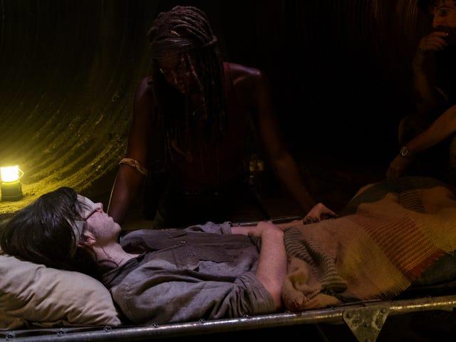 The Walking Dead's Mid-Season Premiere Was Pretty Good Despite Itself