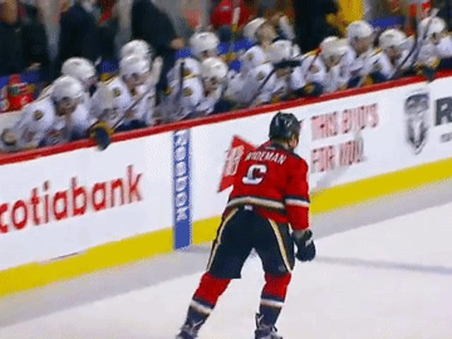 """รายงาน: Dennis Wideman จะบอก NHL เขาเป็น """"Woozy"""" เมื่อเขาตรวจสอบผู้กำกับเส้น"""